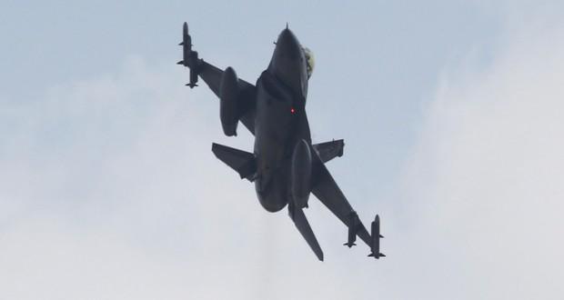مقاتلة تركية من نوع أف-16 (Reuters)