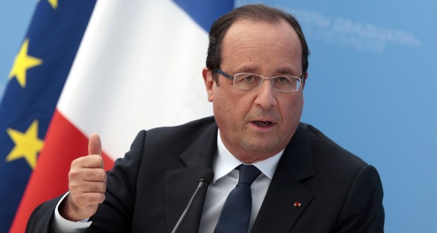 French President Francois Hollande gestures while speaking during a media conference after a G-20 summit in St. Petersburg, Russia on Friday, Sept. 6, 2013. World leaders discussed Syria's civil war at the summit but looked no closer to agreeing on international military intervention to stop it. (AP Photo/Ivan Sekretarev)