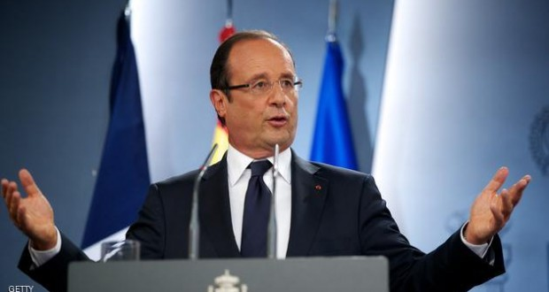 MADRID, SPAIN - AUGUST 30:  French President Francois Hollande attends a press conference at Moncloa Palace on August 30, 2012 in Madrid, Spain. The meeting with Francois Hollande is one of a sequence of meetings that the Spanish Prime Minister is holding with European leaders to discuss Spanish funding issues ahead of October's EU summit.  (Photo by Carlos Alvarez/Getty Images)