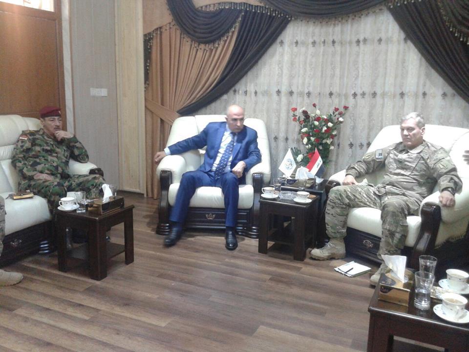 محافظ نينوى يبحث مع مسؤول عسكري امريكي امكانية استقبال متطوعين من نينوى