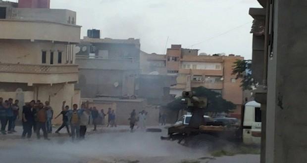 مقتل 3 أشخاص بقصف طائرة مجهولة لمدينة درنة
