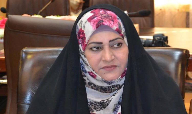 نائبة تدعو الى ضرورة استدعاء السفير السعودي حول نية بلاده لاجراء مناورات عسكرية قرب الحدود العراقية