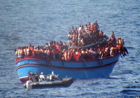 مهاجرين لاجئين