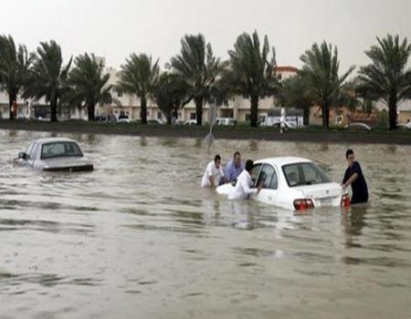 18 قتيلاً في سيول السعودية