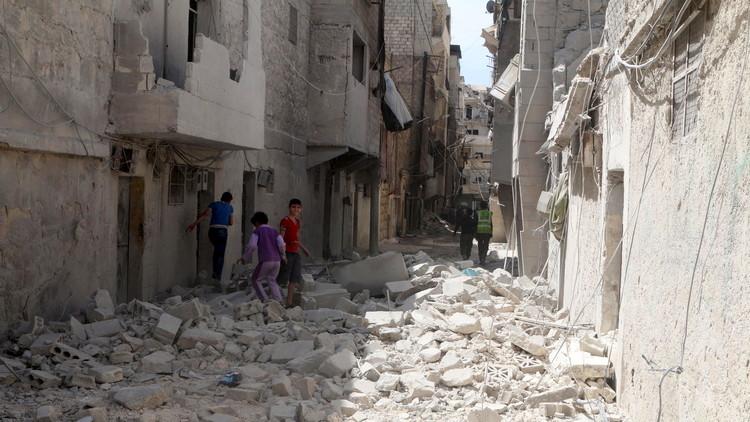الدفاع الروسية: فصيل مسلح تابع للنصرة قصف قافلة المساعدات في حلب