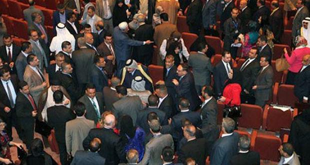 فوضى-عراك-مجلس-النواب-العراقي-2016