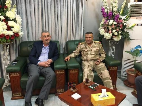 محافظ لانبار يبحث مع قائد عمليات بغداد تسهيل عودة النازحين الى الانبار
