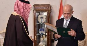 وزير الخارجية العراقي ابراهيم الجعفري والسفير السعودي في بغداد ثامر السبهان (ارشيف)