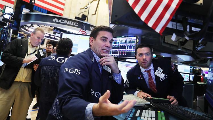 شبح أزمة مالية عالمية يطل برأسه.. وهذه هي المؤشرات