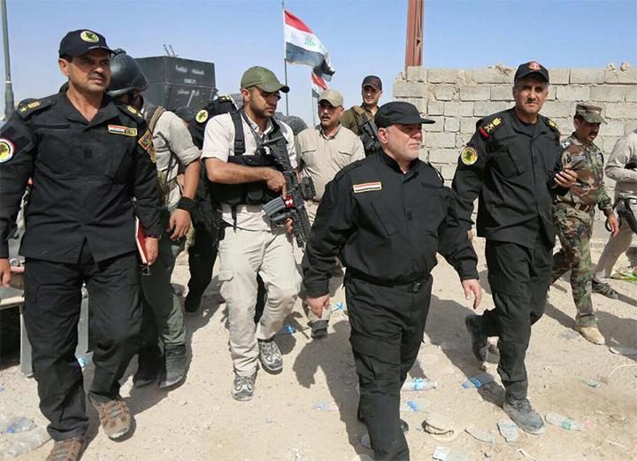 حيدر العبادي يتفقد المقاتلين في قاطع الفلوجة (1/حزيران/2016 - الأربعاء) #تحرير_الفلوجة