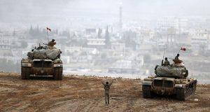 دبابات تركية على الحدود مع سوريا Reuters