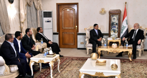 وزير الخارجية ابراهيم الجعفري يستقبل وفدا يمنيا برئاسة النائب يحيى بدر الدين الحوثي (29/آب/2016)