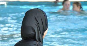 اوروبا الدين الاسلامي مسلمون اسلاميون بوركيني البوركيني