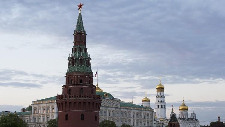 """الكرملين: تم إبلاغ بوتين بتهديدات """"داعش"""" باستهداف روسيا لكن لا يجوز المبالغة في أهميتها"""