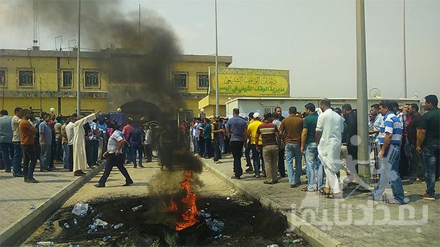 """بالصور .. شرطة البصرة تطلق النار على متظاهري """"الوقف الشيعي"""""""