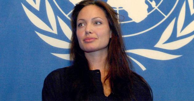 إنجلينا جولي تطمح لتولي منصب الأمين العام للأمم المتحدة