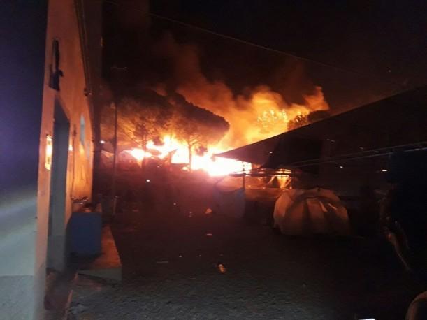 حريق مخيم للاجئين في اليونان (20/ايلول/2016) - nbn.com.lb