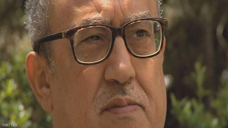 """مراسلنا: اغتيال ناهض حتر امام """"قصر العدل"""" في عمّان والجاني بقبضة الأمن"""