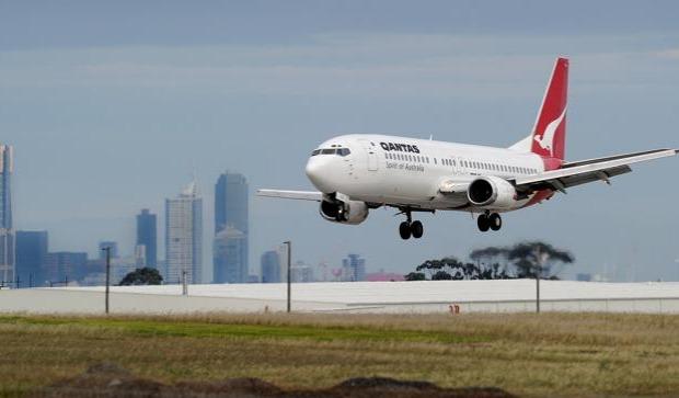 طيار يهبط بالركاب في بلد آخر عن طريق الخطأ !!