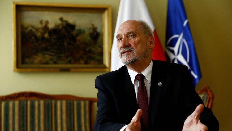 وزير الدفاع البولندي: اتفاق هتلر وستالين تسبب في اندلاع الحرب
