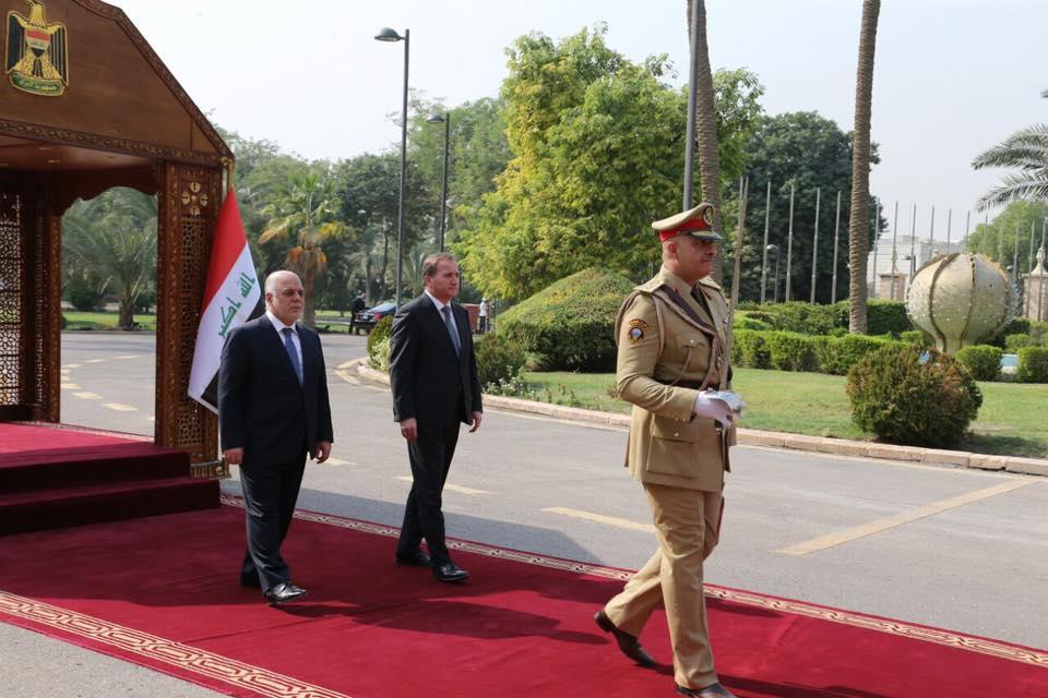 بالصور: رئيس الوزراء حيدر العبادي يستقبل نظيره السويدي ستيفان لوفان