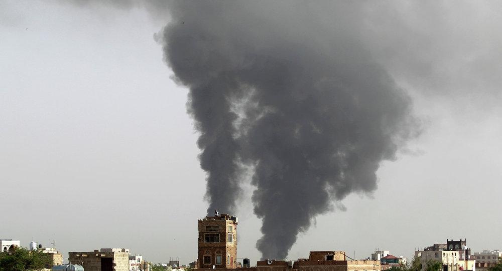 اليمن: مئات القتلى والجرحى بقصف طيران التحالف مجلس عزاء