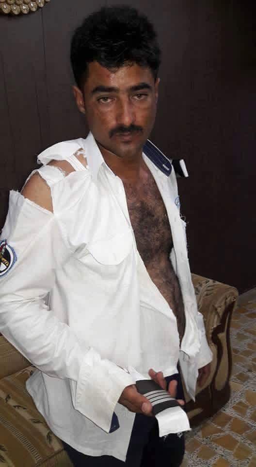 حماية عضو مجلس محافظة الانبار يحيى غازي المحمدي يعتدون بالضرب على شرطي مرور (3/تشرين الأول/2016)