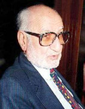 الفنان العراقي يوسف العاني (1 يوليو 1927- 10 اكتوبر 2016)