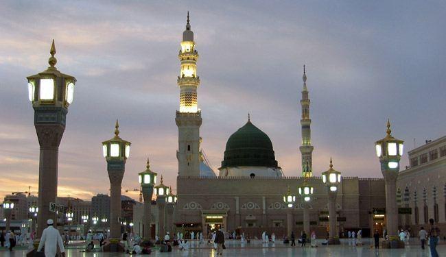 أربع محافظات تعلن تعطيل الدوام ليوم غد الثلاثاء بمناسبة بذكرى وفاة الرسول محمد (ص)