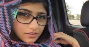 ميا خليفة بالحجاب الإسلامي، صورة العريضة على موقع change.org