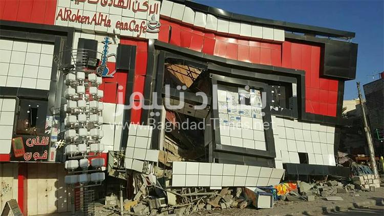 بالصور: إنهيار مبنى تجاري في الجبيلة بمحافظة البصرة دون معرفة الأسباب