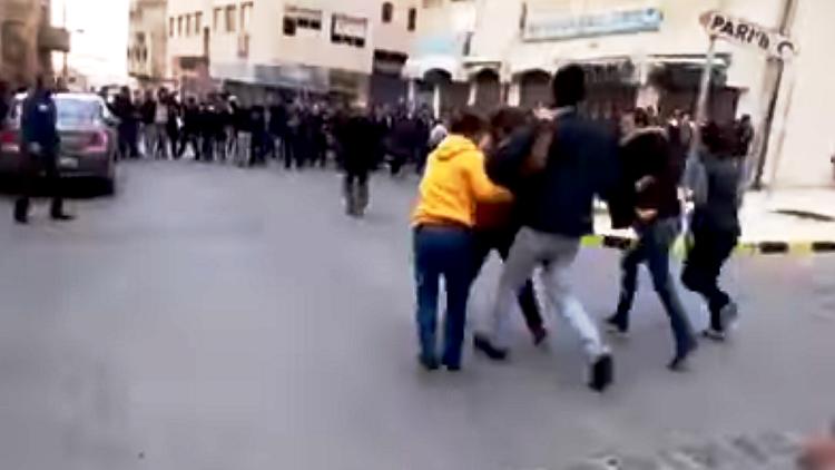 وصول عدد من مصابي الاشتباكات المسلحة في الكرك الى المدينة الطبية