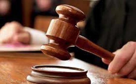 قاضي تحقيق في محكمه جنايات مكافحه الفساد يصدر أمر استقدام بحق مسؤولين