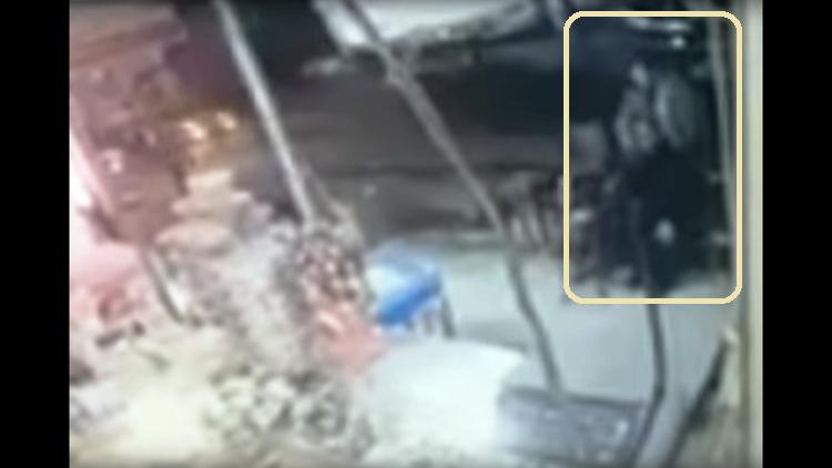 مجهول يذبح تاجراً مصرياً أمام المارة في الإسكندرية