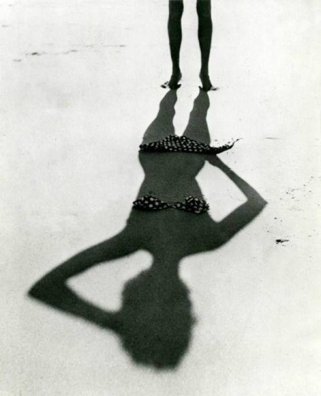 صورة ظلية التقطت في فرنسا عام 1950