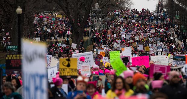 أكثر من نص مليون مشارك بمسيرات نسائية ضد ترامب في الولايات المتحدة