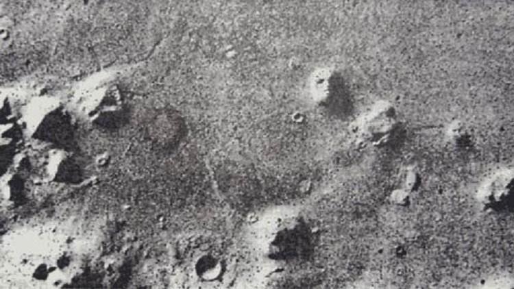 حقائق وصور الاهرامات في المريخ
