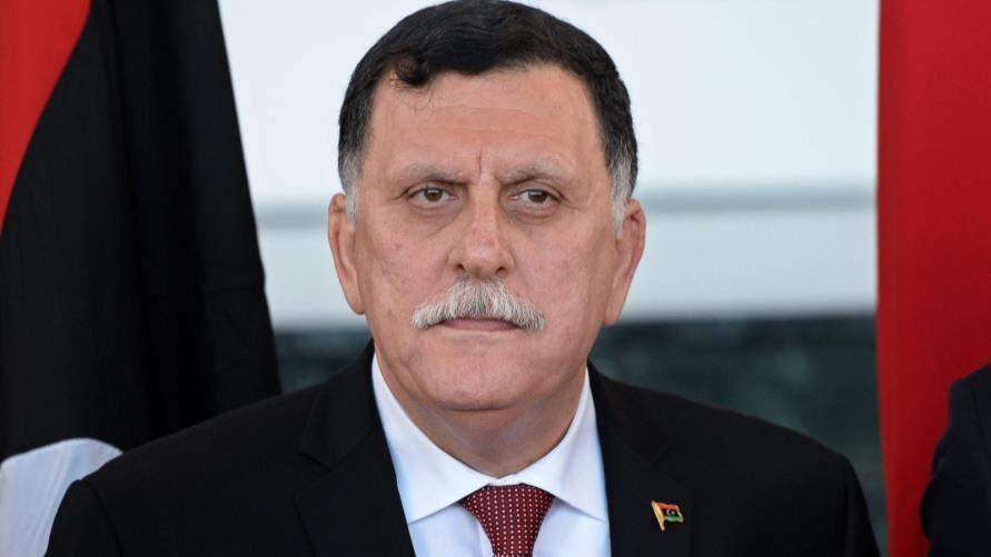 ليبيا: تعرض موكب رئيس حكومة الوفاق الوطني فائز السراج لإطلاق نار في طرابلس