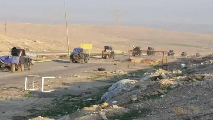 """قوات الرد السريع تلاحق عصابات """"داعش"""" من منزل الى اخر في وادي حجر غرب الموصل"""