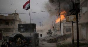 صور المعارك في مدينة الموصل الجيش العراقي يفاتل داعش الإرهابي