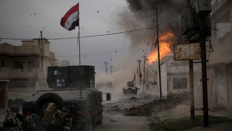 الجيش العراقي قطع آخر طريق رئيسي للخروج من الموصل وسيطر على طرق الوصول إلى المدينة من الشمال الغربي