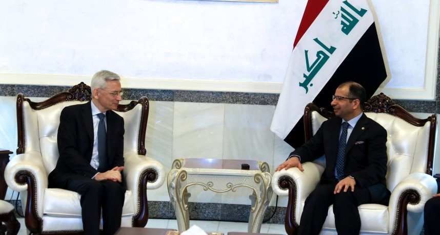 رئيس البرلمان يستقبل السفير الفرنسي بمناسبة انتهاء مهام عمله في العراق