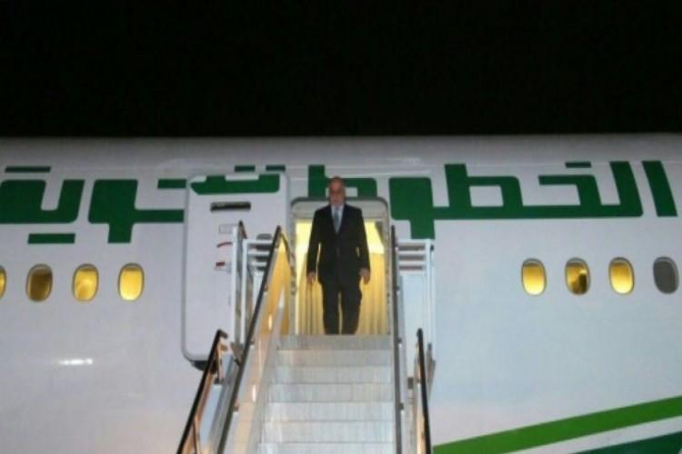 رئيس الوزراء العراقي حيدر العبادي يصل فرنسا