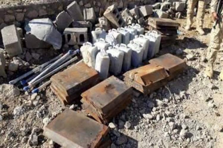 القوات الأمنية تعثر على معمل لتصنيع الصواريخ والعبوات الناسفة في الموصل