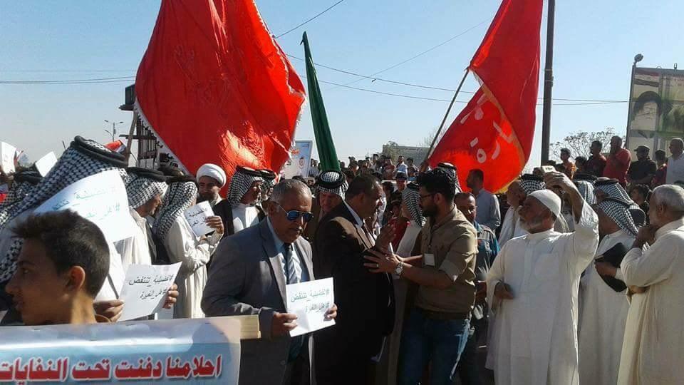 أهالي منطقتي الفضيلية وسبع البور يتظاهرون للمطالبة بالخدمات