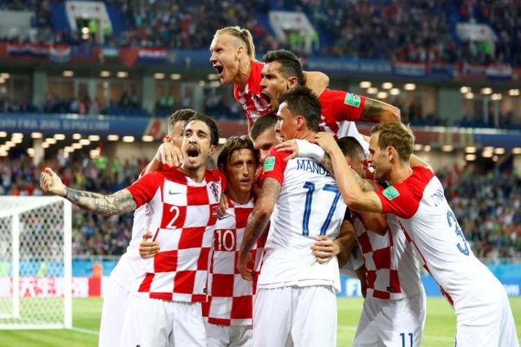 المنتخب الكرواتي يحقق فوزاً سهلاً على نيجيريا بثنائية نظيفة ويتصدر مجموعته