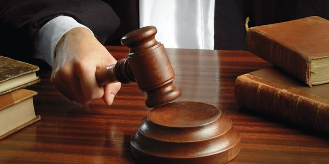 القضاء: السجن 5 سنوات وغرامة مالية لمدان استغل احدى النساء للتسول