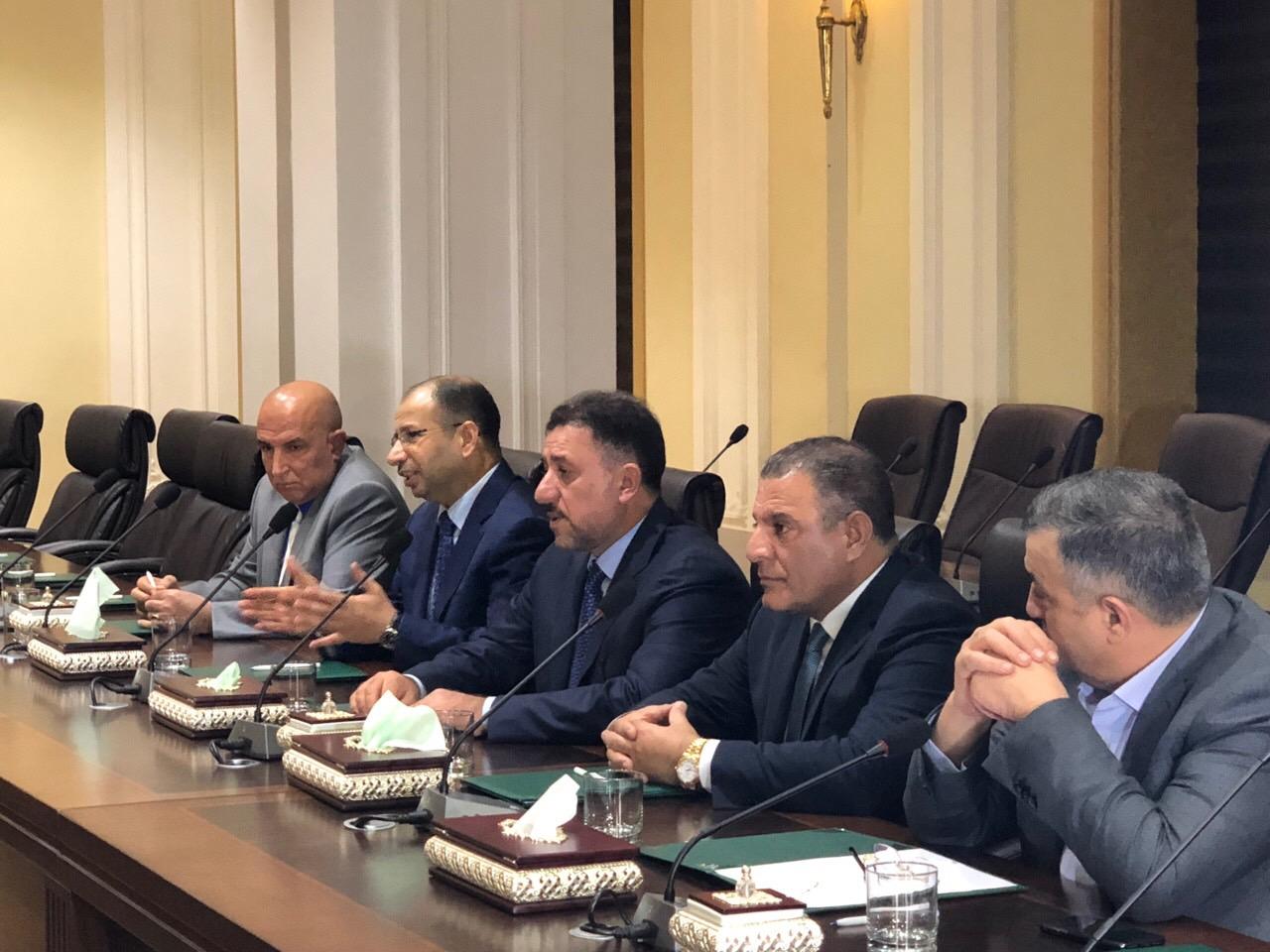 عاجل… بدأ الاجتماع بين تحالف المحور الوطني والحزبين الاتحاد و الديمقراطي الكردستاني