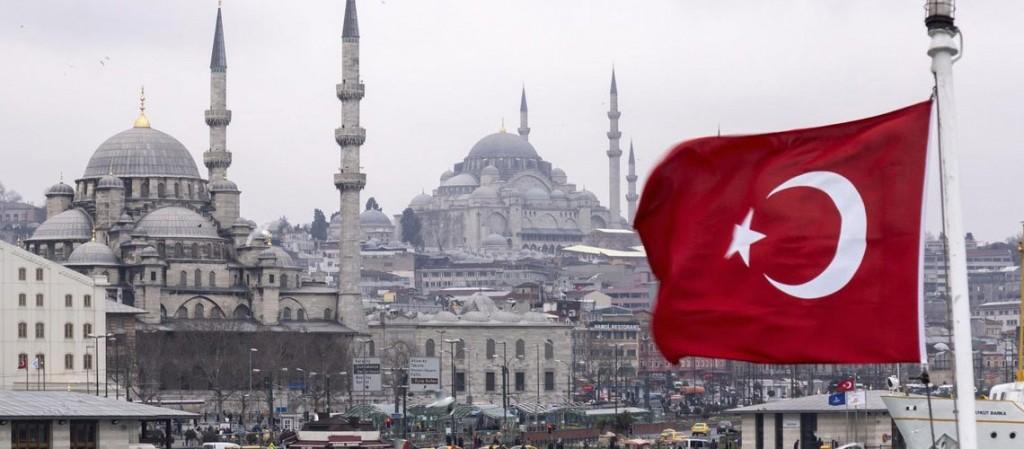 عاجل: الليرة التركية تهبط الى 5.9 مقابل الدولار بعد تهديد أمريكي بفرض عقوبات على تركيا