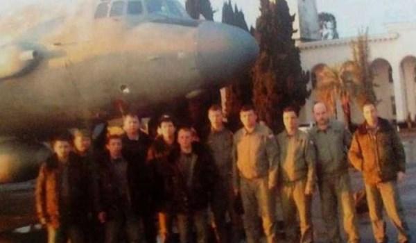 """روسيا تنشر صور جماعية لجنود """"إيل-20"""" الروس قبل مقتلهم"""